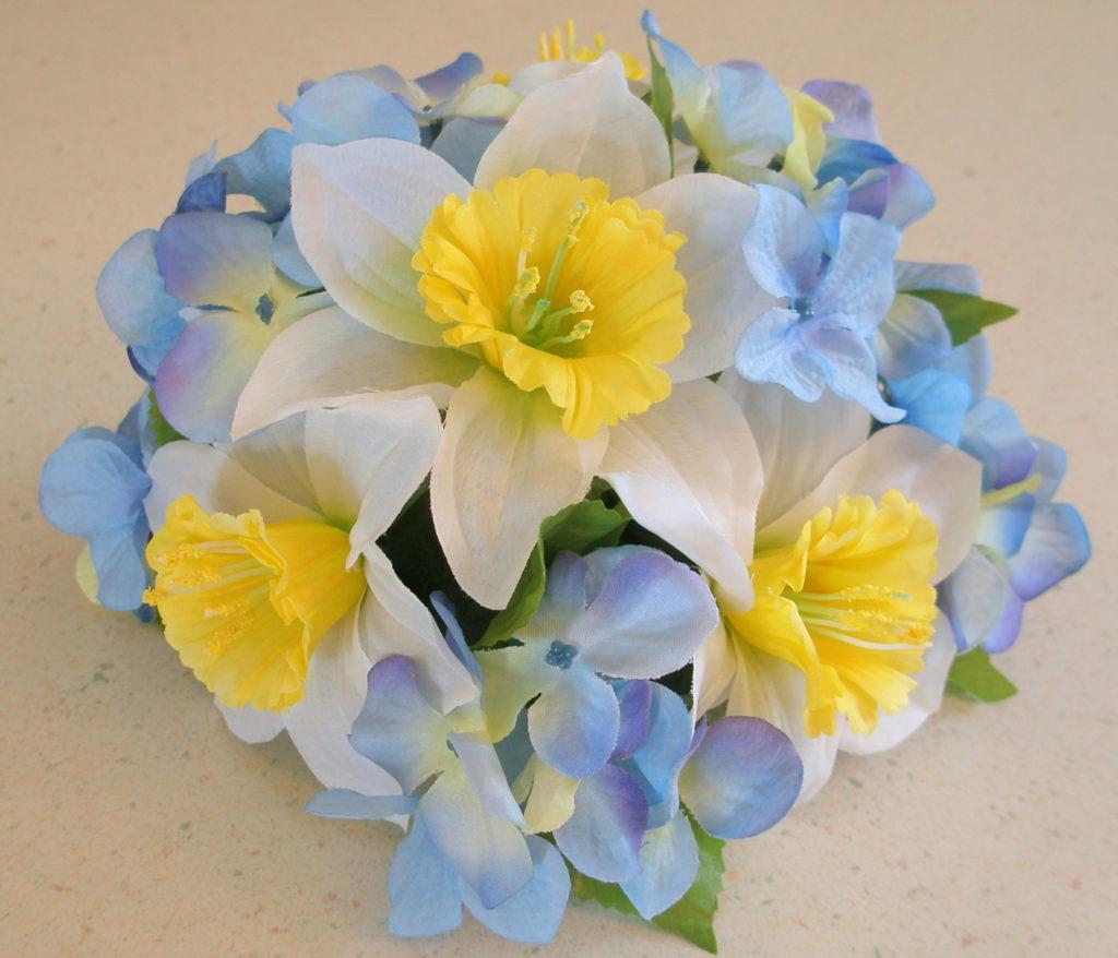 Floral Cake Toppers   Elegant & Affordable Silk Flower Cake Toppers